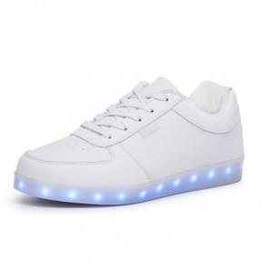 发光鞋国际快递_LED鞋子空运_夜光鞋出口成功案例